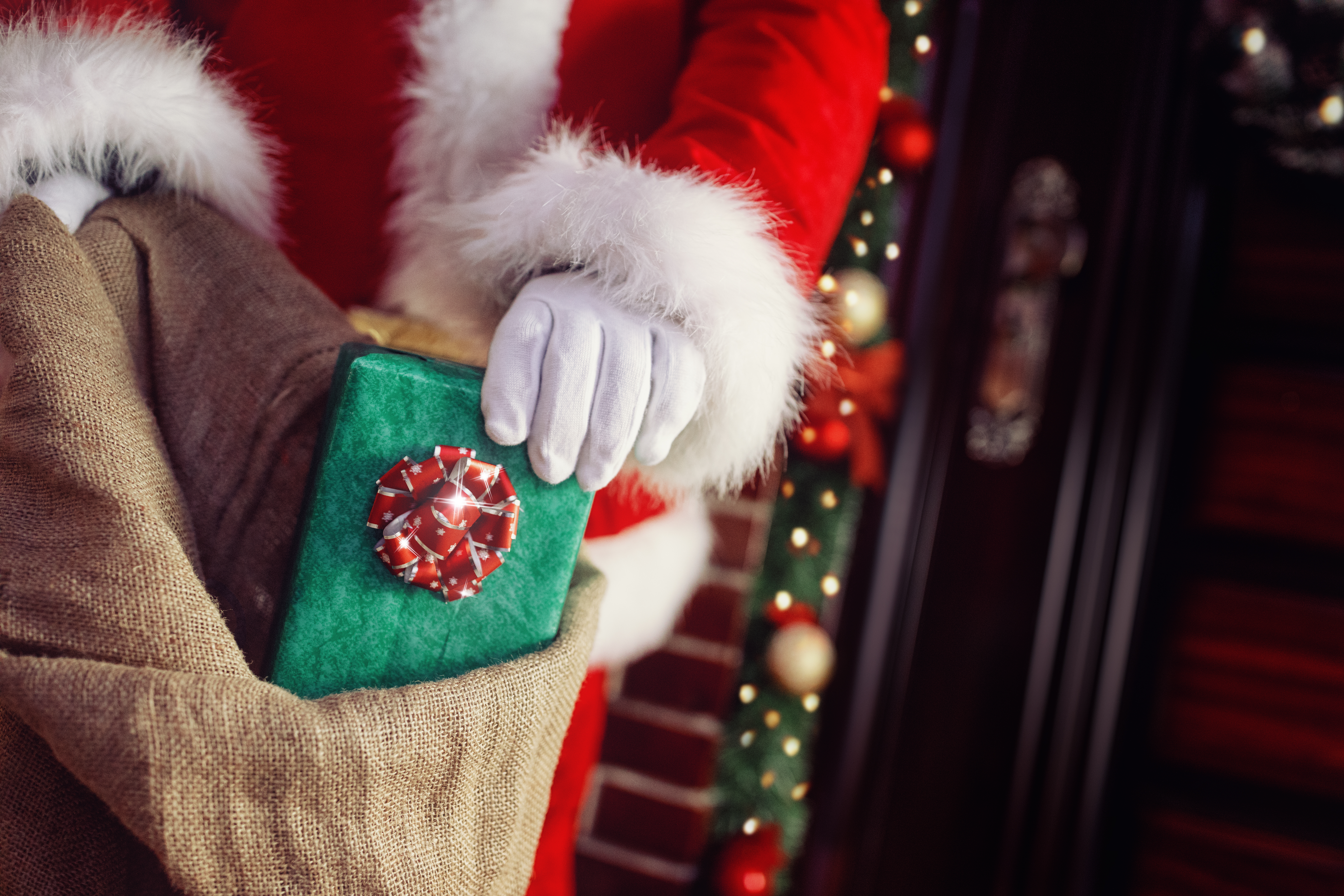Christian HCSM Teams Up with California-Based Charity to Fulfill Christmas Wishes of Local Families in Need