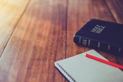 If you have a busy schedule, it may be hard to figure out how to study the Bible regularly. Here are some Bible study tips that can help!