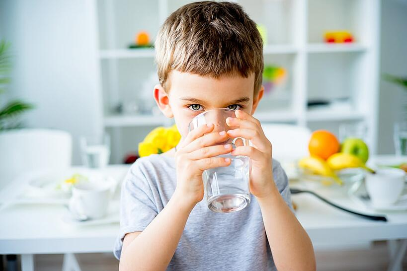 How much water should I drink a day? Let's discuss why is it good to drink water.