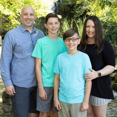 OneShare Health Staff Chaplain Jeremy Farmer and Family